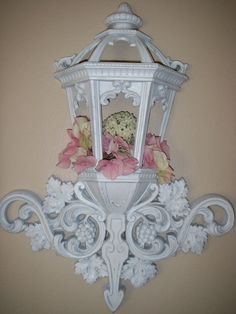 ༻❁༺ ❤️ ༻❁༺ Shabby White Homco Street Light Lantern // By ABackyardCreation   $55.00 ༻❁༺ ❤️ ༻❁༺