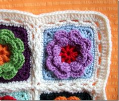 Joining squares tutorial for the flower blanket by Sols(tr)ikke. Crochet Squares Afghan, Crochet Borders, Crochet Stitches, Crochet Patterns, Granny Squares, Crochet Afghans, Crochet Granny, Love Crochet, Learn To Crochet