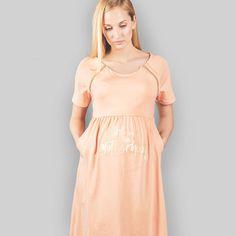 """Geburtskleid """"Oh Sugar"""" von Wolke Neun, mit oder ohne Spruch: In the mood for motherhood! Cold Shoulder Dress, Sugar, Mood, Collection, Dresses, Fashion, Clouds, Pregnancy, Birth"""