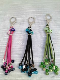 "Image Search Result For ""llaveros pasta poli … – Crafts Ideas Handmade Keychains, Diy Keychain, Leather Keychain, Handmade Jewelry, Tassel Keychain, Beaded Earrings, Beaded Jewelry, Beaded Skull, Bijoux Diy"