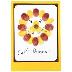 Vekkuli leijona-kortti on tehty sormileimailemalla. Tarvikkeet ja ideat Sinellistä!