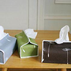 Lotta tissue box cover