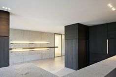 Wood veneer in apartment mailroom google search for Interieur maddens