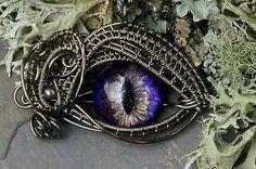 Prettiest Steampunk pendant ever. :D