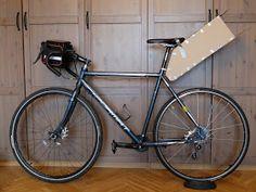 Get in woods!: Самодельная подседельная сумка V 2.0. Cycling Bag, Cycling Bikes, Bikepacking Bags, Bike Bag, Diy Hacks, Diy Crafts, Rigs, Biking, Ideas