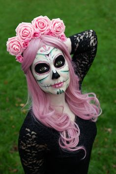 Pretty Dead in Pink ~~ Houston Foodlovers Book Club Sugar Skull Costume, Sugar Skull Makeup, Halloween Make Up, Halloween 2017, Holidays Halloween, Halloween Party, Halloween Decorations, Halloween Face Makeup, Halloween Costumes