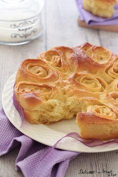 Torta di rose ricetta originale mantovana Dulcisss in forno by Leyla Brioche Bread, Ricotta, Waffle, Apple Pie, Yogurt, Peanut Butter, Food Porn, Sweets, Cooking
