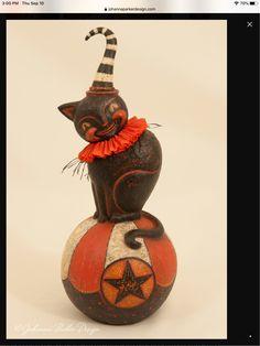 Retro Halloween, Halloween Decorations, Clay, Holidays, Christmas Ornaments, Holiday Decor, Home Decor, Clays, Holidays Events