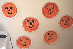 A Little Learning For Two: Colour Mixing - Paper Plate Pumpkins