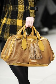 @KatieSheaDesign Likes--> ❀ #Fashion ❀ #Burberry Fall 2012....love!