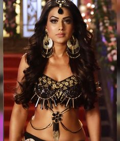 Nia Sharma shakes up the cyberspace with her alluring pictures Indian Tv Actress, Indian Actresses, Bikini Clad, Cute Girl Poses, Bollywood Girls, Beautiful Models, Gorgeous Women, Sexy Hot Girls, Indian Beauty