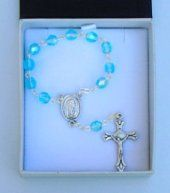 One Decade rosaries, single decade rosary beads and Hand-held Rosaries all depicting the blessed virgin mary and the apparitions. A large selection contain Lourdes holy water Rosary Bracelet, Rosary Beads, One Decade, Water Drawing, Our Lady Of Lourdes, Rosaries, Turquoise, Crystals, Gifts