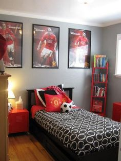 49 Fabulous Sport Bedroom Ideas For Boys. Fabulous Sport Bedroom Ideas For Boys It takes more than a display of his favorite collection to transform an ordinary boy's bedroom into a custom fantasy […] Boys Football Bedroom, Football Rooms, Hockey Room, Football Posters, Boys Bedroom Decor, Bedroom Themes, Dream Bedroom, Bedroom Ideas For Teen Boys, Master Bedroom