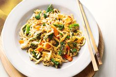 Broccolini pad Thai - This speedy stir-fry goes from wok to table in just 20 minutes. Easy Vegetarian Dinner, Best Vegetarian Recipes, Vegetarian Cooking, Veggie Recipes, Dinner Recipes, Cooking Recipes, Healthy Recipes, Easy Recipes, Dinner Ideas
