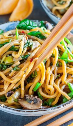 Get Lucky! Take-out inspired Spinach Mushroom Leek Long Life Noodles tossed in the most amazing homemade sesame sauce. Pair with your favorite protein, or enjoy all on it's own as a tasty vegan/vegetarian main or side!