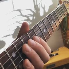 A lovely little progression for your Saturday morning pick me up. You cant't beat the sound of a clean strat! Guitar Girl, Jazz Guitar, Guitar Solo, Music Guitar, Playing Guitar, Learning Guitar, Ukulele, Guitar Tabs Songs, Guitar Chords Beginner