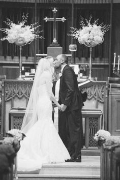 bride and groom first kiss, first kiss at the alter | susie and becky photography