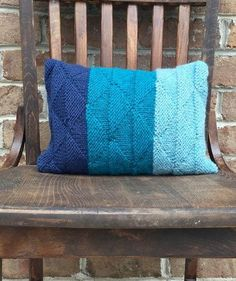 Ombre Seaglass Knit Cushion Cover | This cushion cover knitting pattern is gorgeous in multiple shades of blue.
