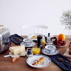Wouldn't you love a Sunday morning breakfast.. just us...