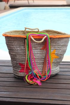 she stays a long time in Ibiza, the best place to create pieces like these ones! Ethnic Bag, Ibiza Fashion, Basket Bag, Tribal Necklace, Boho Gypsy, Mode Style, Handmade Bags, My Bags, Baskets