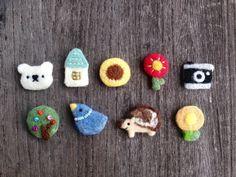 Cute Crafts, Felt Crafts, Diy And Crafts, Arts And Crafts, Brooches Handmade, Handmade Felt, Needle Felting Tutorials, Cross Stitch Flowers, Felt Ornaments