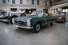 Mercedes-Benz 280 SL -