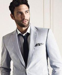 Old Man Fashion, Mens Fashion, Fashion Suits, Noah Mills, Football Players, Beautiful Men, Eye Candy, Suit Jacket, Menswear