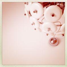 Ciambelle glassate a colazione     [Loredana Sergi ©]