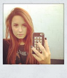 Demi done gone red!!!