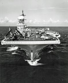 HMS Victorious bow shot 1959 - HMS Victorious - Wikipedia the free encyclopedia Royal Navy Aircraft Carriers, Navy Carriers, Navy Times, Flight Deck, Navy Ships, Water Crafts, Battleship, Military Aircraft, Victorious