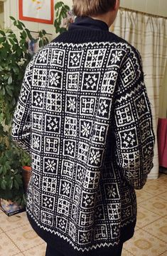 Ravelry: Vossakofte pattern by Rauma Designs Fair Isle Knitting, Hand Knitting, Jumper, Men Sweater, Knitting Patterns, Knitting Ideas, Color Combinations, Knit Crochet, Vest