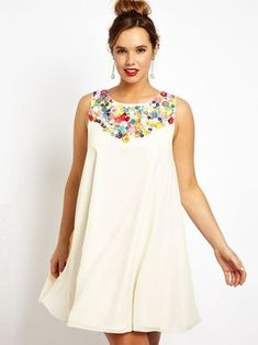 Buy ASOS CURVE Exclusive Salon Swing Dress With Embellished Trim at ASOS. With free delivery and return options (Ts&Cs apply), online shopping has never been so easy. Get the latest trends with ASOS now. Curvy Fashion, Plus Size Fashion, Girl Fashion, Fashion Dresses, Swing Dress, Dress Skirt, Cute Dresses, Summer Dresses, Modelos Plus Size