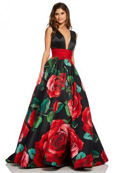 Sherri Hill – 52898 V-Neck Long Black Dress - Mvagustacheshire Sherri Hill Prom Dresses, Prom Dress Stores, Grad Dresses, Ball Gown Dresses, Evening Dresses, Formal Dresses, Club Dresses, African Print Dress Designs, Casual Dresses Plus Size