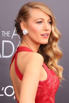 Blake Lively has nailed the 70s vibe!