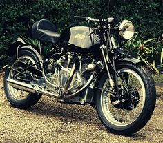 ride, car, stylish motorcycl, motorcycl attir, motorcycl collect, garag, vincent hrd, hrd cafe, cafe racers