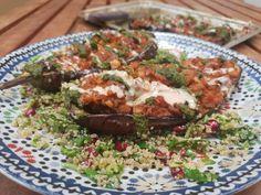 Vegan and satisfying! Click for recipe Lettuce Leaves, Tahini, Catering, Butter, Vegan, Recipes, Eggplant, Gastronomia, Recipies