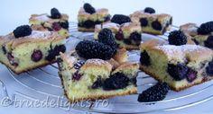 Mulberry cake by truedelights Cantaloupe Recipes, Radish Recipes, Cheddarwurst Recipe, Frangipane Recipes, Mulberry Recipes, Spagetti Recipe, Cake Recipes, Dessert Recipes, Recipes
