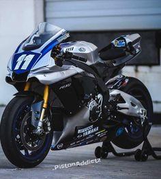 Yamaha Sport, Yamaha Motorcycles, Yamaha Yzf R1, Custom Street Bikes, Custom Sport Bikes, Concept Motorcycles, Futuristic Motorcycle, Bike Engine, Motorcycle Outfit