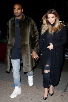 How Kim Kardashian & Kanye West's style improved with time Kanye West Style, Kanye West And Kim, Kim Kardashian Kanye West, Kardashian Style, Nelson Mandela Quotes, Look Magazine, Maxi Coat, Couple Outfits, New Wave