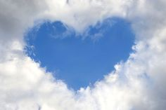 Stock-Foto : Heart in the sky