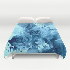 #Roses Underwater. Cover yourself in creativity with our ultra soft microfiber duvet covers. Hand sewn and meticulously crafted, these lightweight #duvet covers vividly…