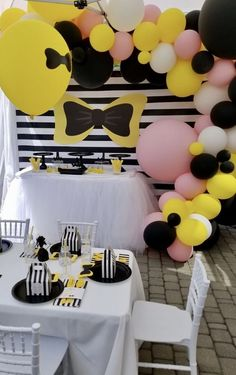Ideas for birthday table theme party planning Cat Birthday Wishes, Twin Birthday Parties, 2nd Birthday Party Themes, Second Birthday Ideas, Christmas Party Themes, Birthday Table, Birthday Fun, Birthday Party Decorations, Wiggles Birthday