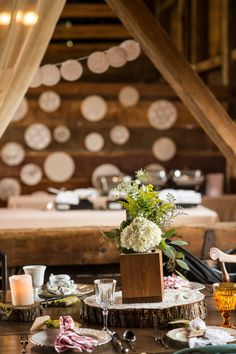 Gabrielle + TC's Rustic Pennsylvania Anthropologie-inspired Wedding   Vintage rentals by Forget-Me-Not Vintage Rentals   photo by Melissa Kelly Photography   Venue - Friedman Farms