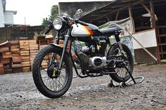 Suzuki A100 Cafe Racer – A Build by THEKATROS Dedicated To His Father Suzuki bike