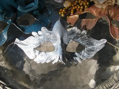 Silver Dove leather mask by SauriaMami ~ Carla Wick ....ask about prices!