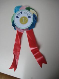 Put God First rosettes. Made from two pieces of card sandwiched with folded tissue paper circles, ribbon and safety pin taped to back. Bible Crafts For Kids, Toddler Crafts, Kid Crafts, Preschool Crafts, Sunday School Activities, Sunday School Crafts, Object Lessons, Bible Lessons, Kids Church