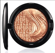 MAC Extra Dimension Skinfinish SUPERB -- Read more reviews of the product by visiting the link on the image.