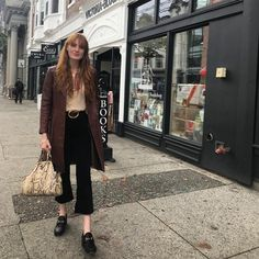 Florence Welch street style in Vancouver 2018 ❤️ Florence Welch Style, Florence The Machine, Celebrity Style Inspiration, Mode Inspiration, Fashion Inspiration, Pentatonix, 70s Fashion, Winter Fashion, Apocalypse