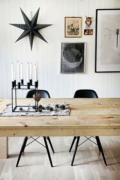 black & white christmas decorations by the style files