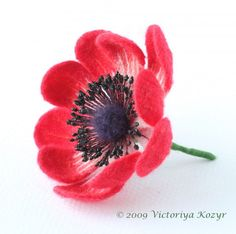 """""""Wool yuvelirka"""" Victoria Trump - My MK """"Tender anemones"""" in the March Journal """"Do yourself"""" Ribbon Embroidery Tutorial, Fabric Flower Tutorial, Felt Tutorial, Wet Felting, Needle Felting, Felt Flowers, Fabric Flowers, Beginner Felting, Wooly Bully"""